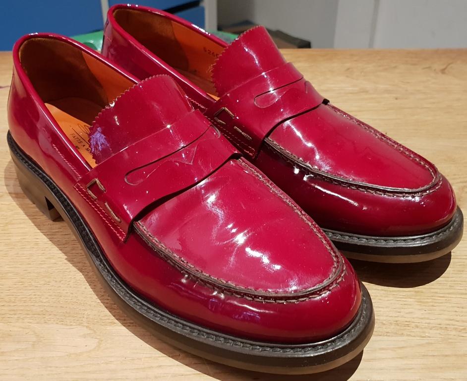 Lack-Loafer, Seitenansicht
